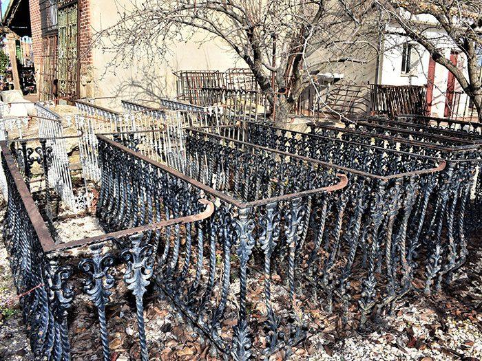 Balcones negros de fundido